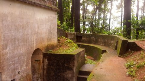 Goa Belanda di Gunung Kunci
